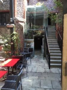 cinema-city-courtyard